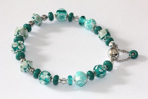 Armband in meergrün